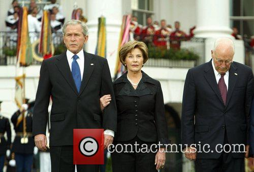 George Bush, Laura Bush and White House 6