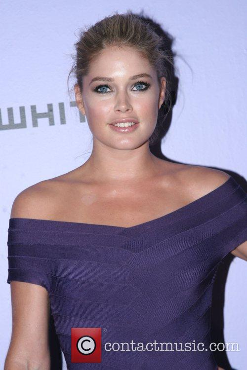 Doutzen Kroes The Whitney Contemporaries' Art Party and...