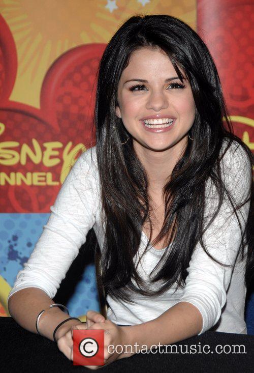 Selena Gomez and Gomez 7