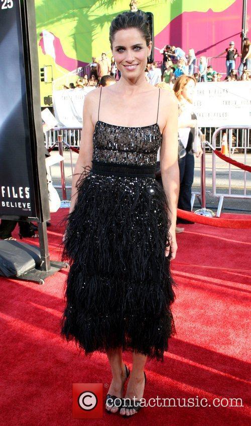 Amanda Peet and The X Files 4