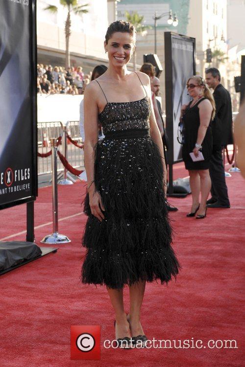 Amanda Peet and The X Files 6