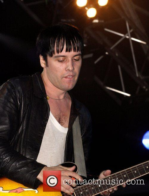 The Cribs 7