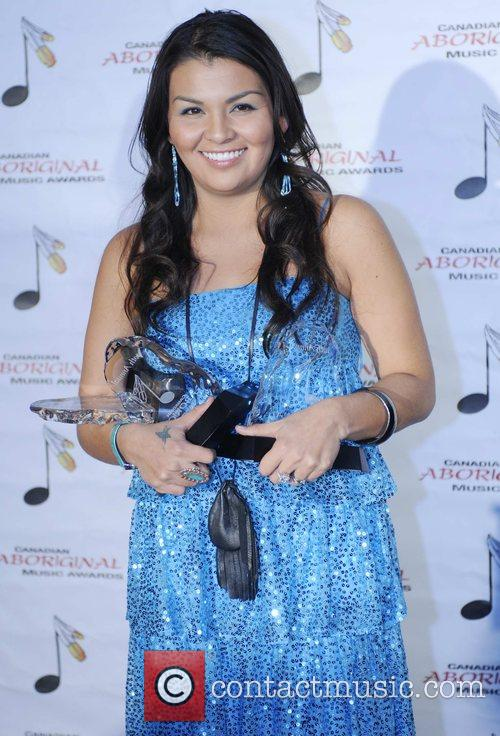 Crystal Shawanda accepts 5 awards, Best Album of...