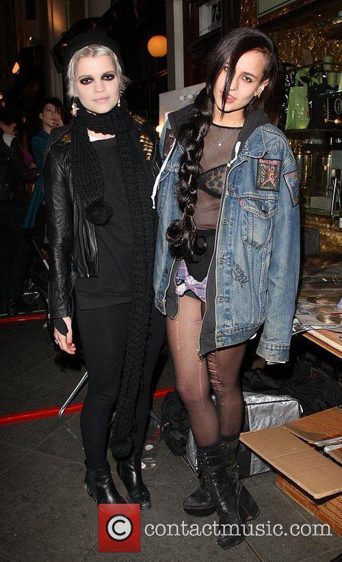 Pixie Geldof and Alice Dellal 3