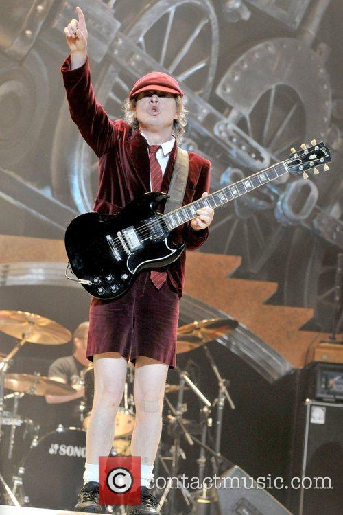 Angus Young 7