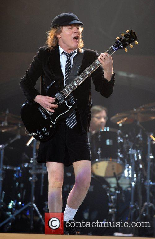 Angus Youngs signature look