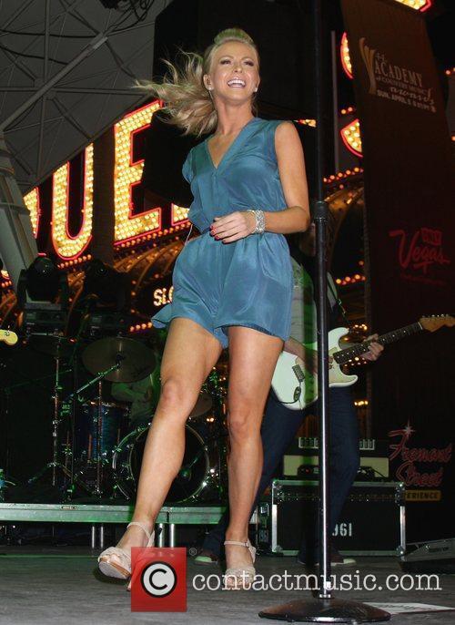 Julianne Hough 12