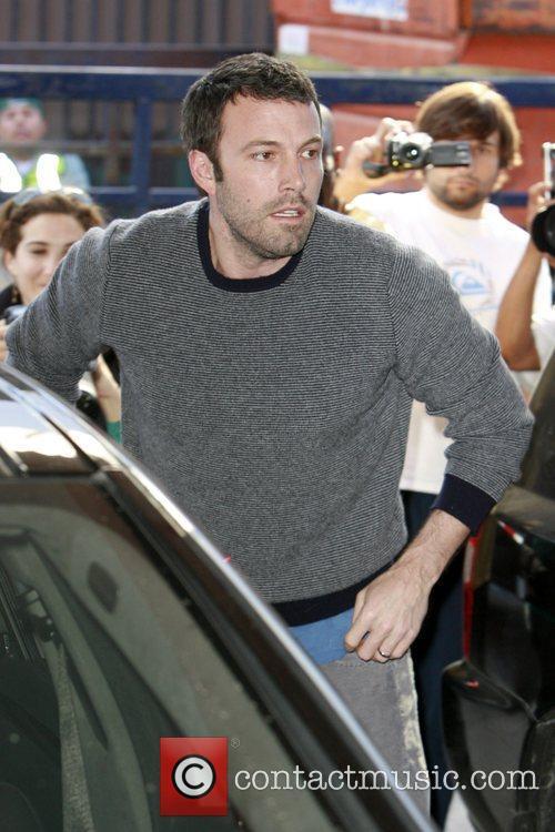 Ben Affleck  picks up his daughter Violet...
