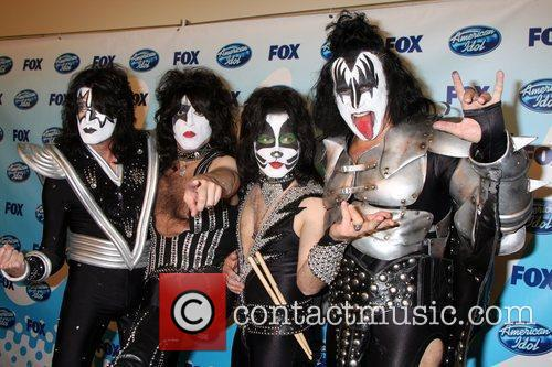 Gene Simmons and American Idol 1