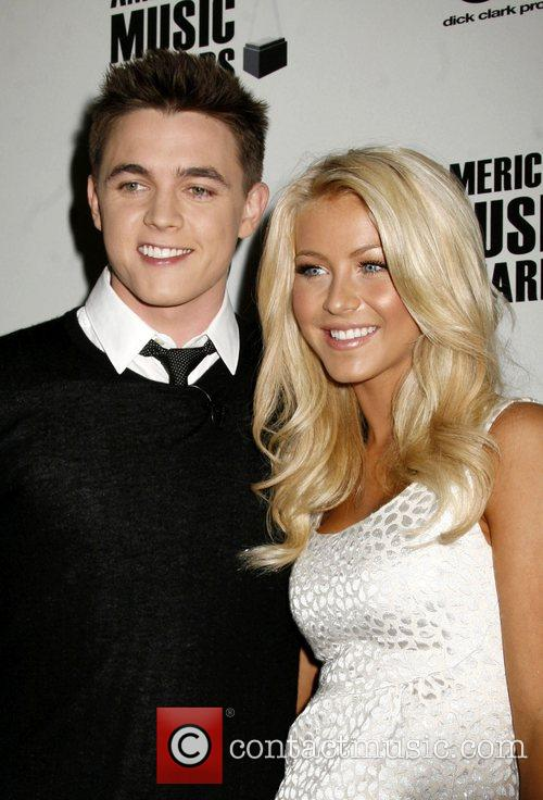 Jesse McCartney and Julianne Hough '2008 American Music...