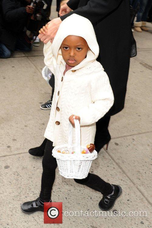 Zahara Jolie-Pitt picks up art supplies at Lee's...