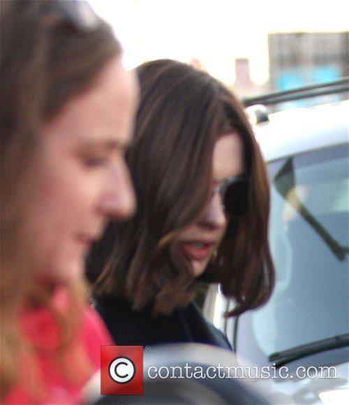 Anne Hathaway goes shopping on Melrose Avenue