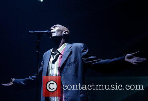 Maxi Jazz and Faithless 3