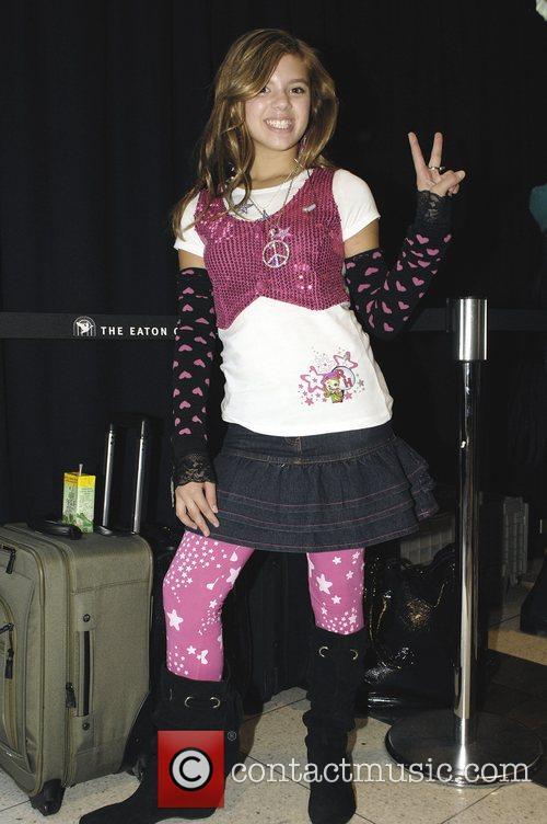 Aria Wallace (aka Roxy Hunter) Appearances At Toronto Eaton Center For The Launch Of La Senza Girl's Roxy Hunter Line Of Clothing 3