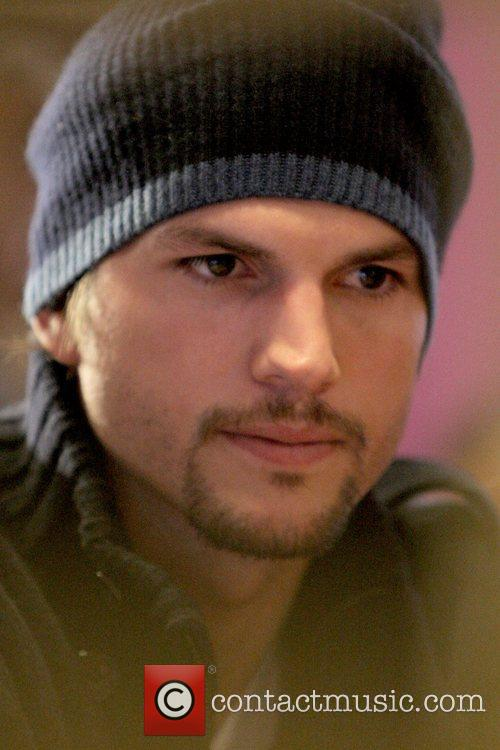 Ashton Kutcher and Mtv 7