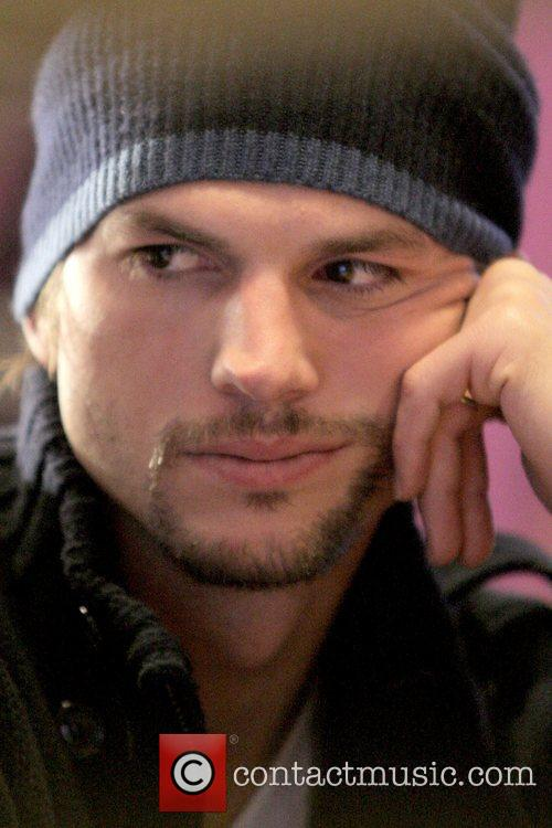 Ashton Kutcher and Mtv 4
