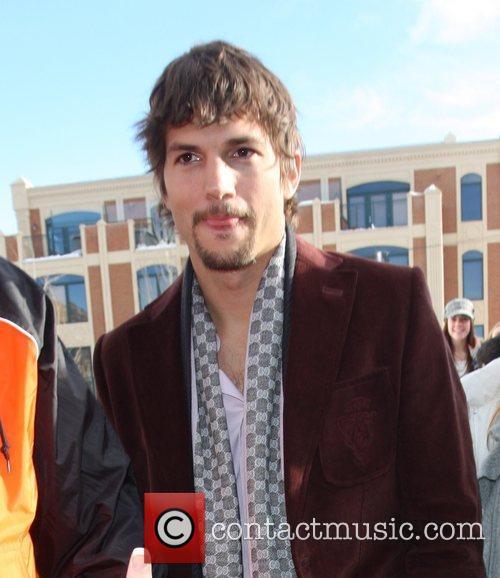 Ashton Kutcher 12