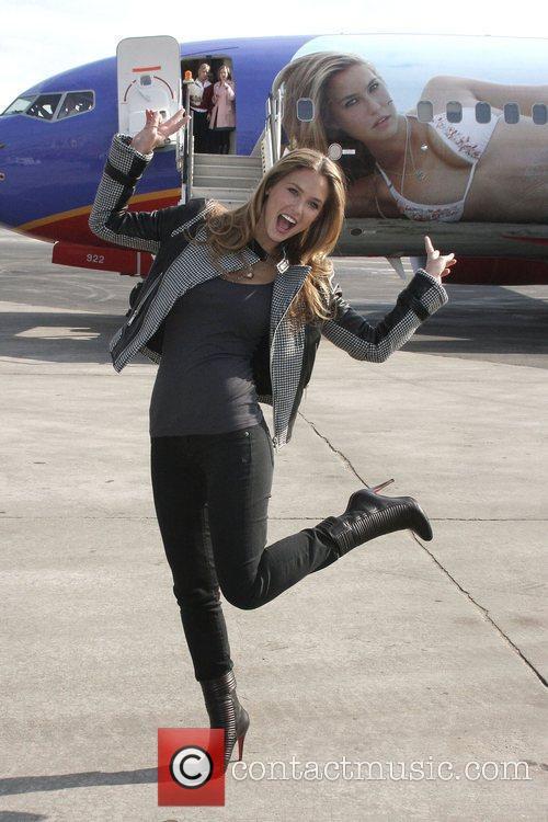 LEONARDO DiCAPRIO's stunning supermodel girlfriend is jumping for...