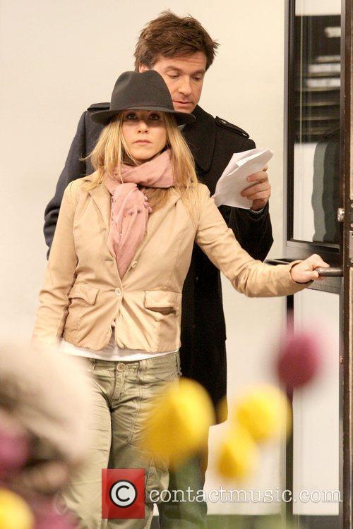 Jason Bateman and Jennifer Aniston  on the...