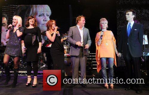 Valeriya, Bee Gees, Natasha Hamilton and Robin Gibb 6