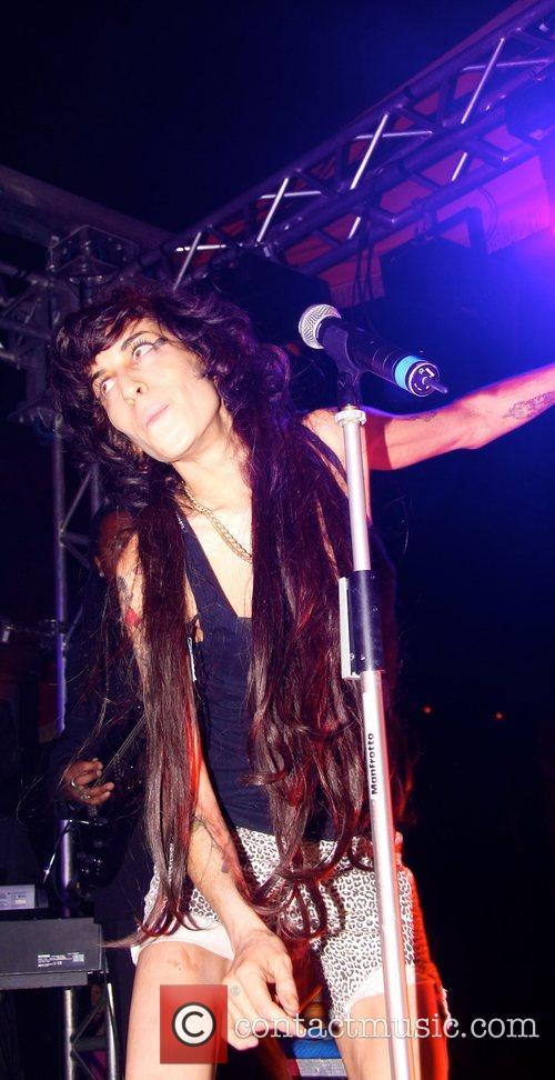 Amy Winehouse 7