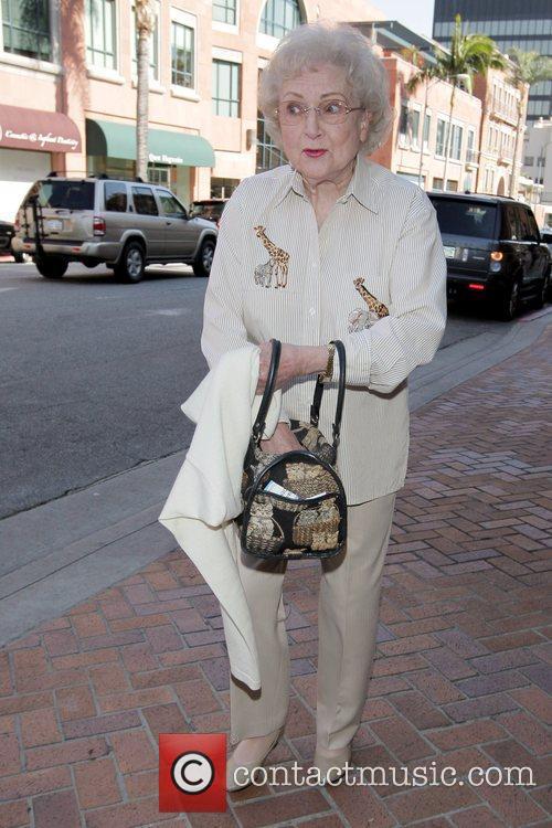 Betty White and Golden Girls 3