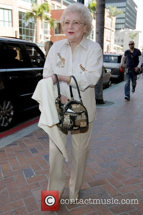 Betty White and Golden Girls 8