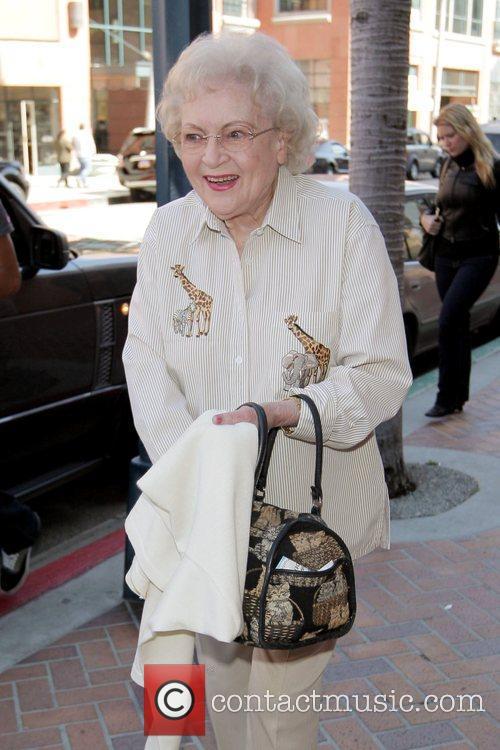 Betty White and Golden Girls 9