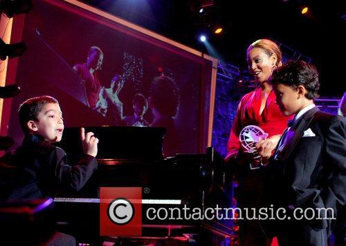Diamond Ball and private concert benefiting Miami Children's...