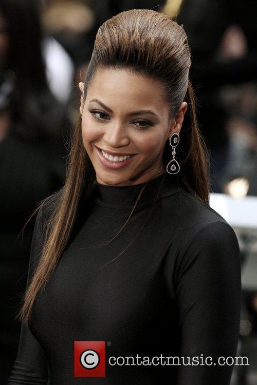 Beyonce Knowles 27