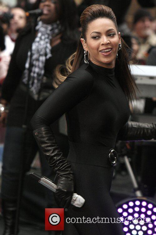 Beyonce Knowles 52