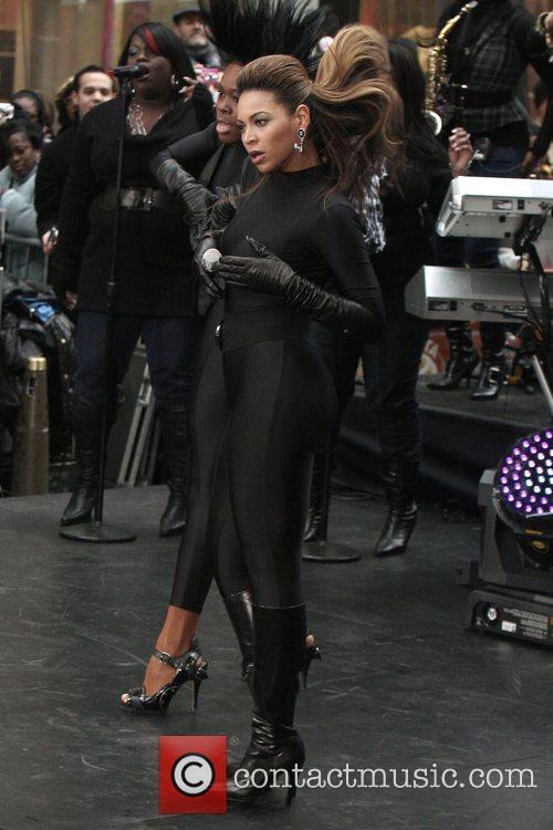 Beyonce Knowles 51