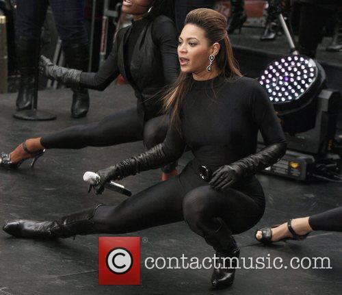 Beyonce Knowles 49