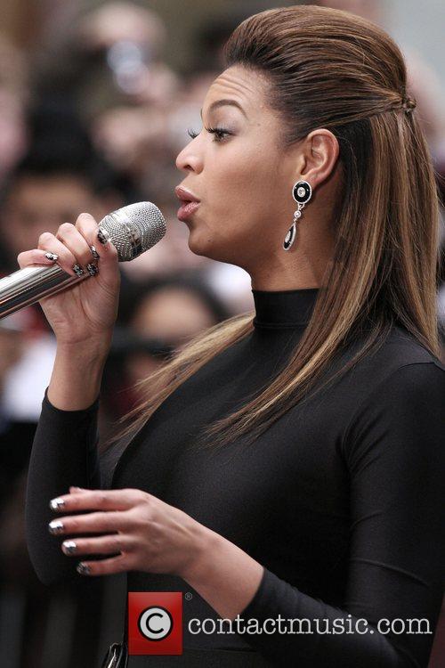 Beyonce Knowles 44