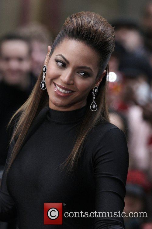 Beyonce Knowles 53