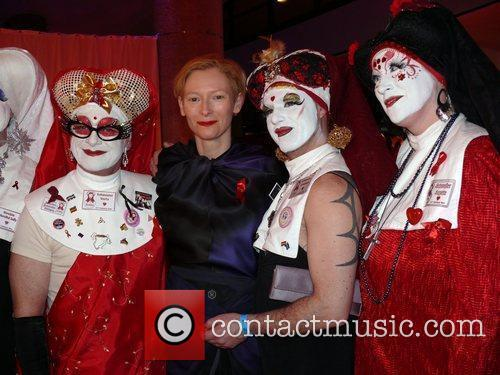 Tilda Swinton and Sisters Of Perpetual Indulgence 4