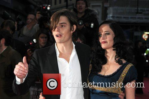 Sam Riley and Eva Green 6