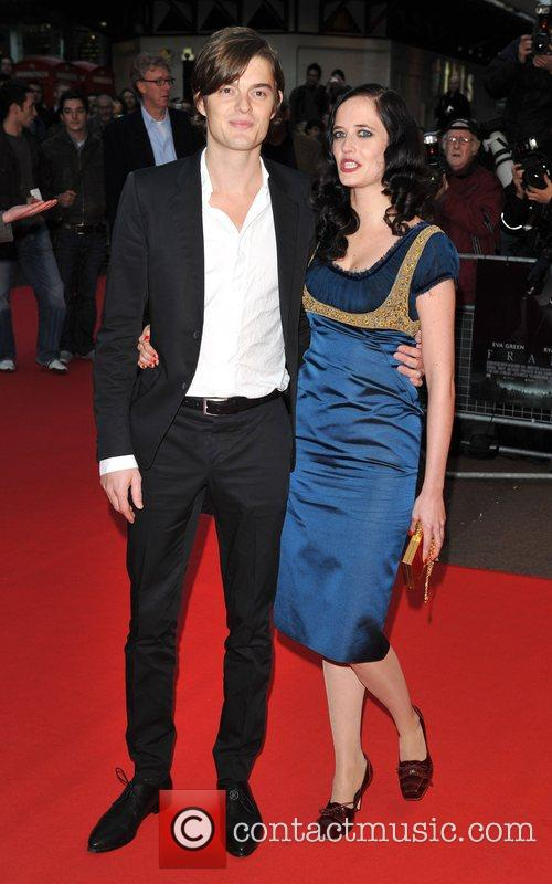 Sam Riley and Eva Green 10