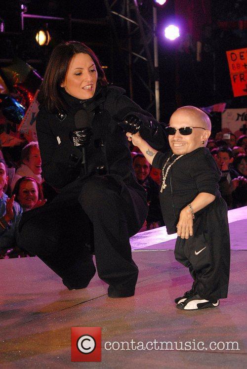 Davina McCall & Vearne Troyer Celebrity Big Brother...
