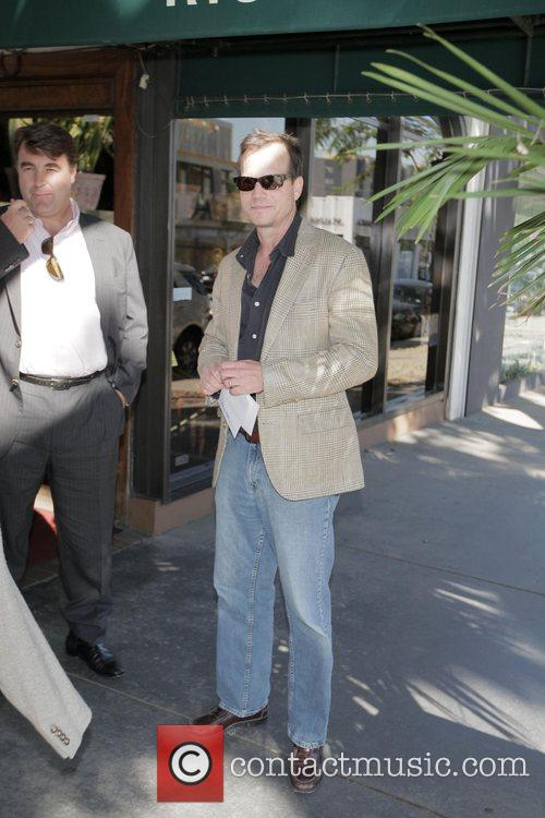 Bill Paxton  exits Madeo after having lunch....