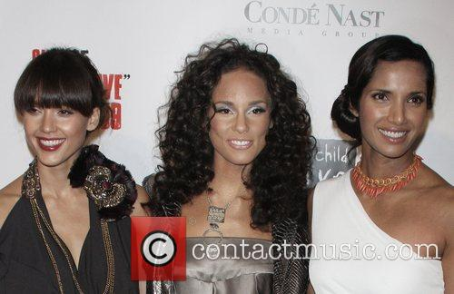 Jessica Alba, Alicia Keys and Padma Lakshmi Keep...