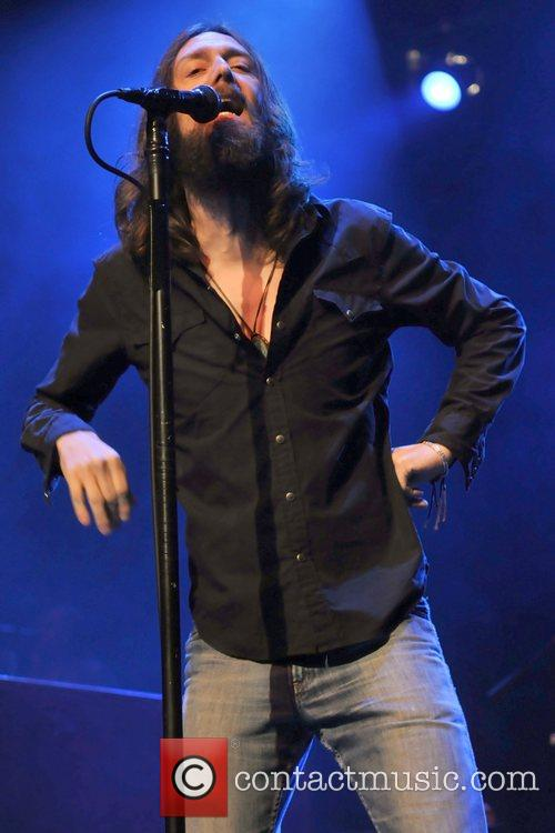Chris Robinson and Black Crowes 6