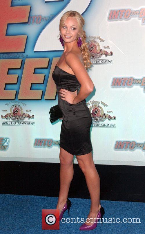 Laura Vandervoort 4