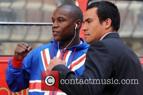Floyd Mayweather Jr. and Juan Manuel Marquez 11