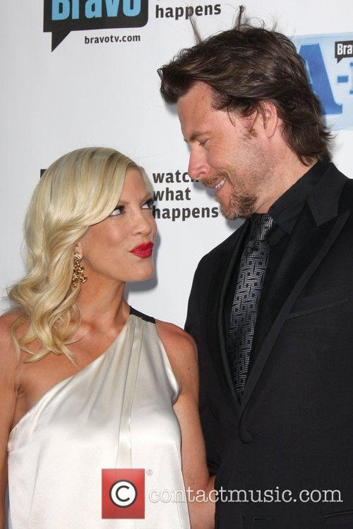 Tori Spelling and Dean Mcdermott 6