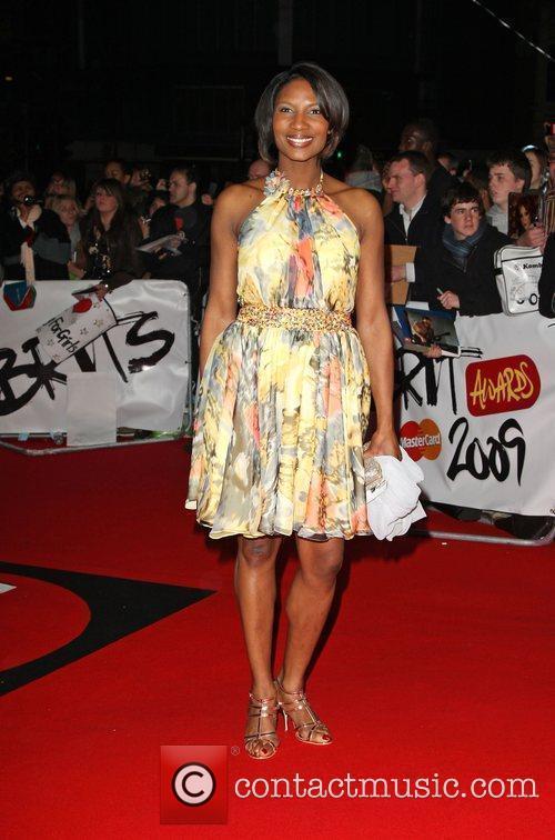 Denise Richards The 2009 BRIT Awards - Red...
