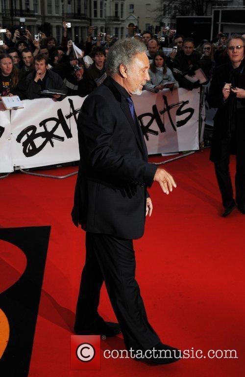 Tom Jones The 2009 BRIT Awards - Red...