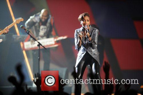 Estelle, Brit Awards