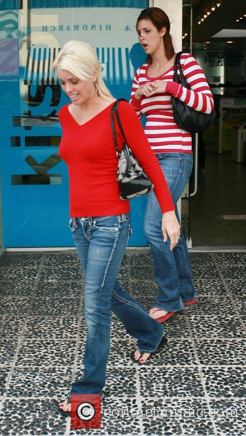 Brooke Thompson shopping on Robertson Blvd with a...