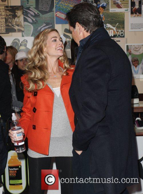 Denise Richards and Pierce Brosnan 7